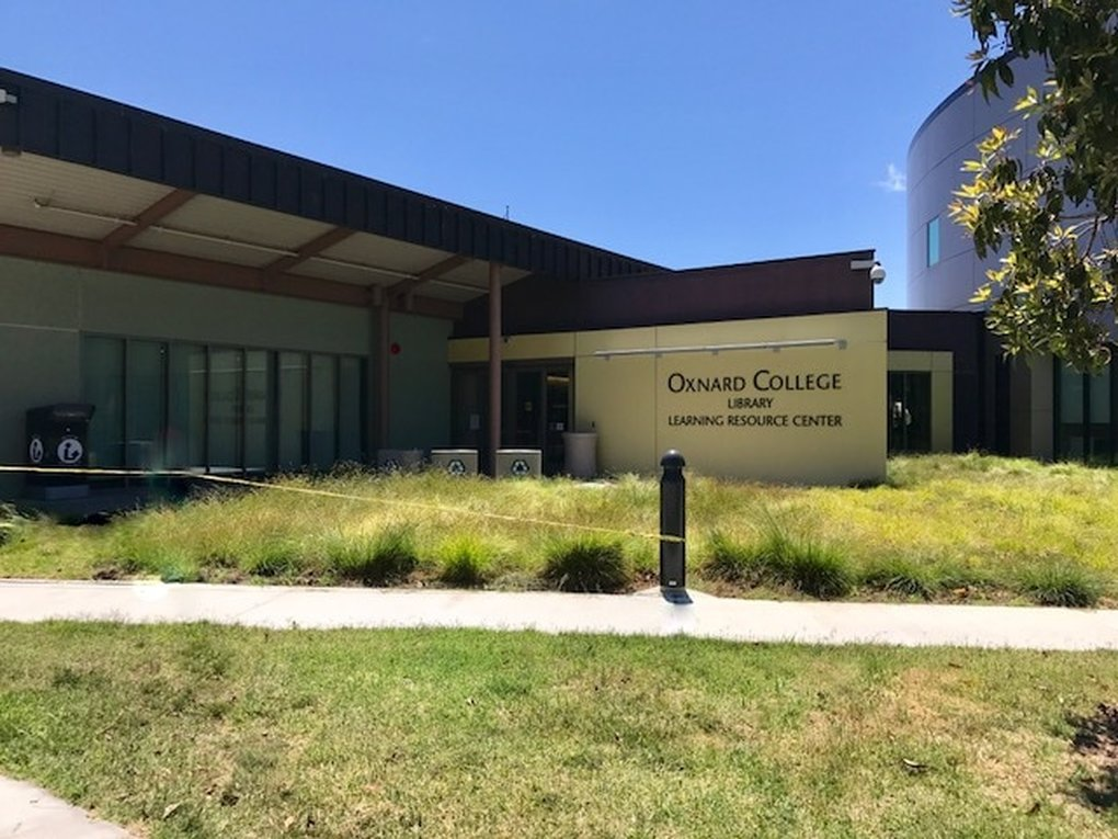 Oxnard College Picture